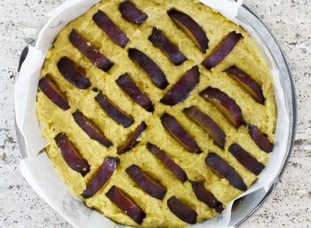 Torta integrale alle prugne e mandorle