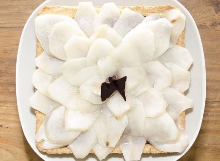 Crostata di pere e crema pasticcera al cioccolato