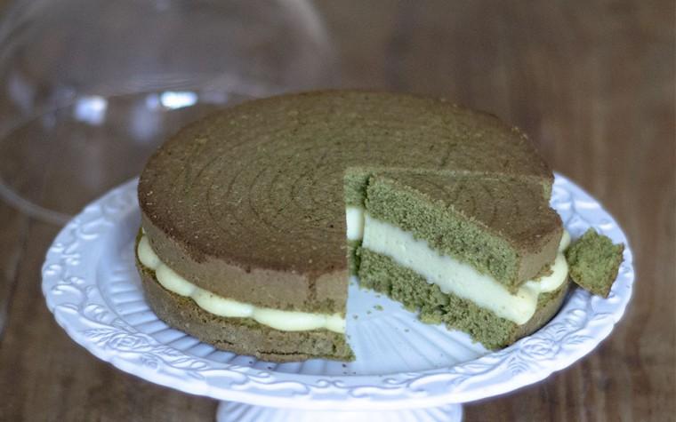 Torta al Tè Matcha con crema alla vaniglia